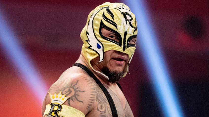 *SPOILER* Rey Mysterio seriously injured after Monday Night Raw?