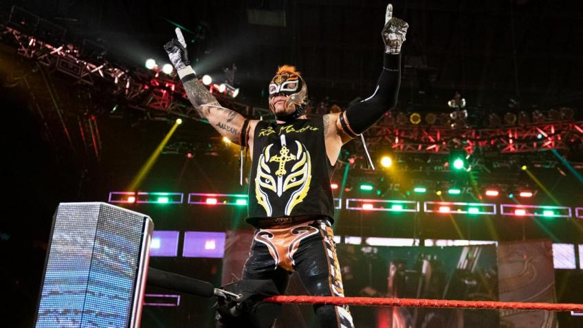 Is Rey Mysterio going to retire? WWE keeps the news, a mystery