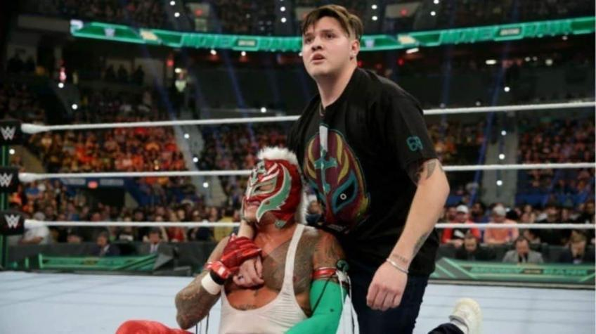 Dominick Mysterio will be making his debut in the ring in no time