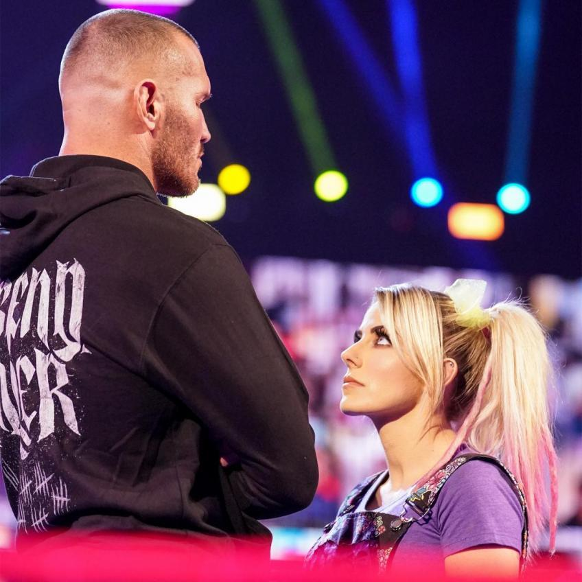 *Spoiler* Randy Orton uses Alexa Bliss against The Fiend