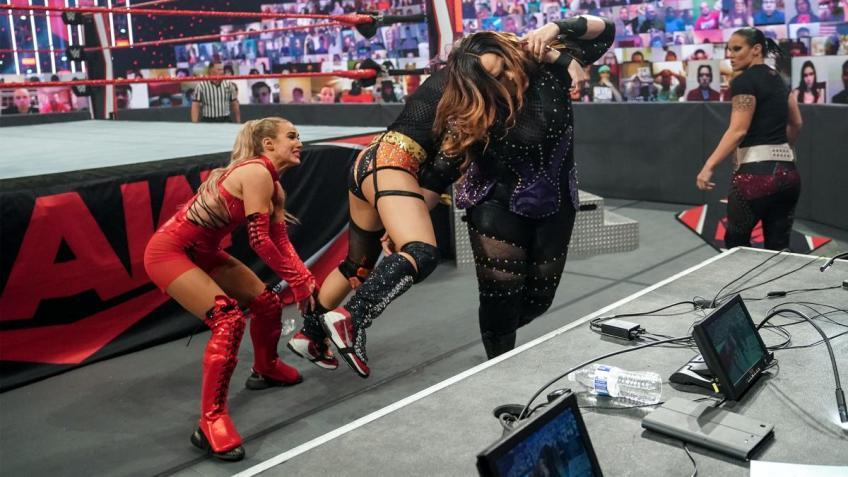 *Spoiler* Lana will not compete at TLC
