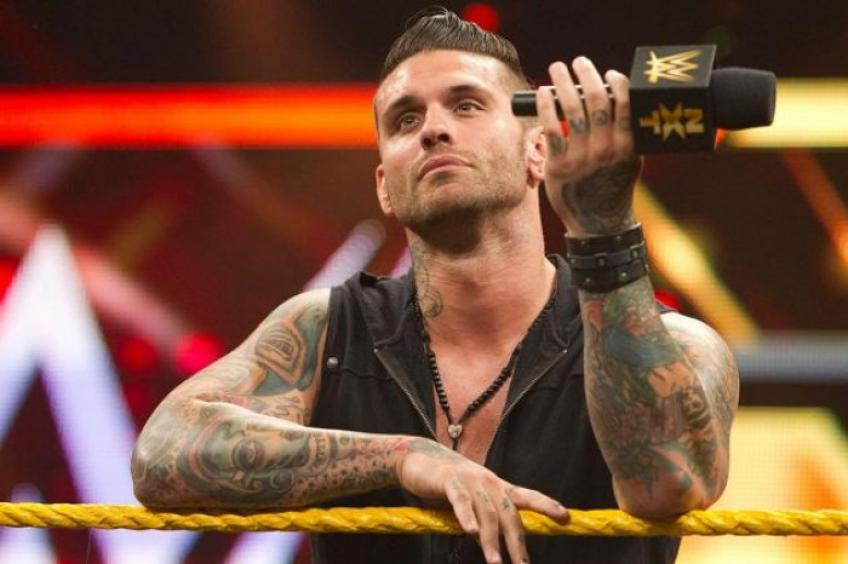 Corey Graves' hilarious reaction to Donald Trump getting banned from Twitch