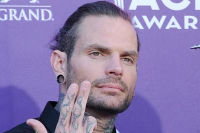 Jeff Hardy takes a fireball to his face, gets grievously injured