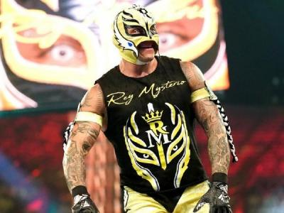 Rey Mysterio discusses his relationship with Vince McMahon