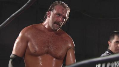 Silas Young to Stay With ROH