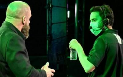 WWE instituted a new mask mandate backstage